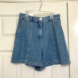 Zara High waisted Denim Shorts/ Size 26